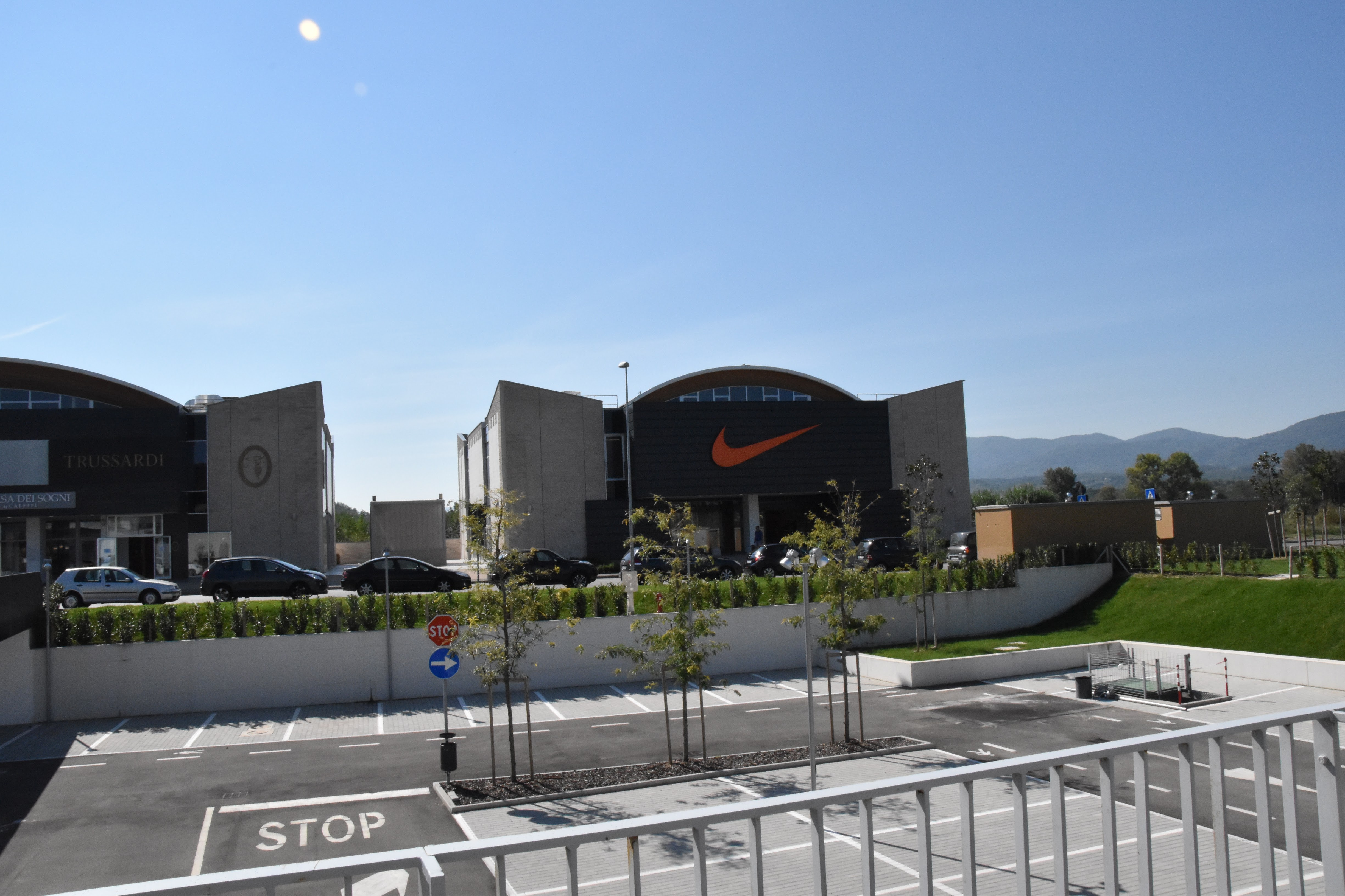 moncler outlet tuscany
